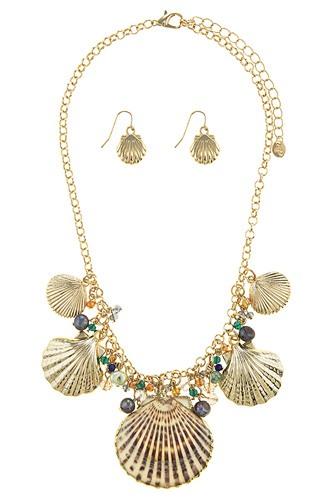 Oversize shell station necklace set