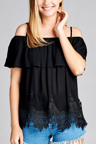 Ladies fashion flounce open shoulder w/hem crochet lace crinkle gauze woven top