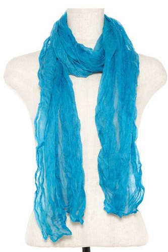 Wrinkled oblong scarf