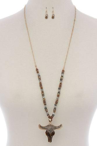 Cattle skull rhinestone pendant beaded necklace