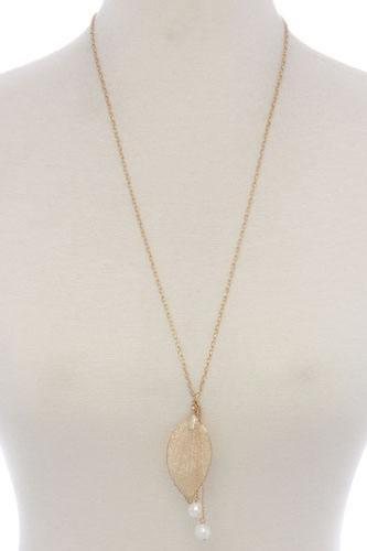 Leaf pearl pendant necklace
