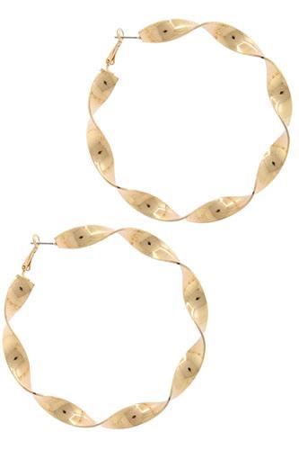 Twisted hoop earring
