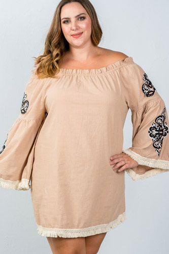 Ladies fashion plus size boho floral embroidered off-shoulder dress