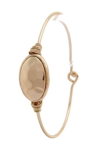 Hammered oval shape metal hook bracelet