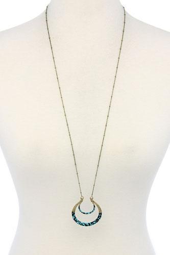 Movable horse shoe long necklace