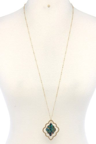 Double Moroccan Shape Pendant Necklace