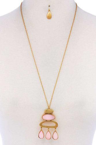 Modern Stylish Pendant Necklace And Earring Set