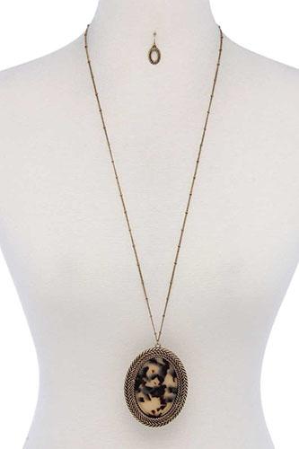 Acetate Oval Shape Pendant Necklace