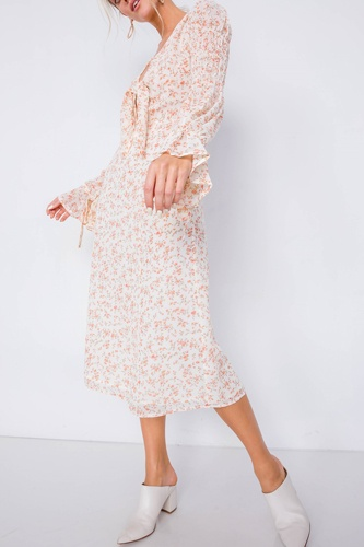Minimalist Floral Tiered Cinched Puff Sleeve Midi Dress