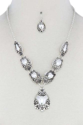 Floral Teardrop Shape Metal Necklace