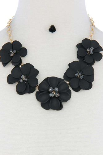 Floral Beaded Bib Necklace
