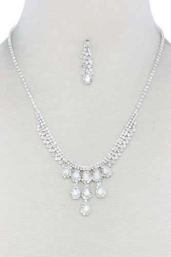Rhinestone Teardrop Shape Necklace