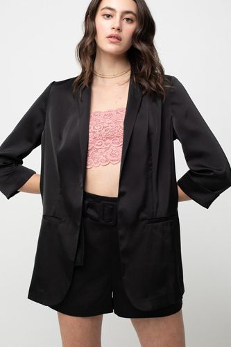 Regular Design Of Open Shiny Satin Blazer