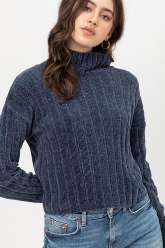 Mini Velvet Chenille Crop Sweater