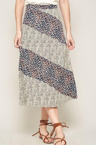 A Floral-print Woven Midi Skirt