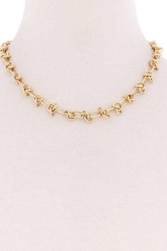 Unique Metal Single Chain Necklace