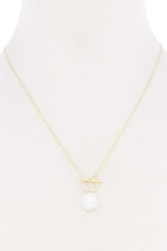 Pearl Toggle Clasp Necklace