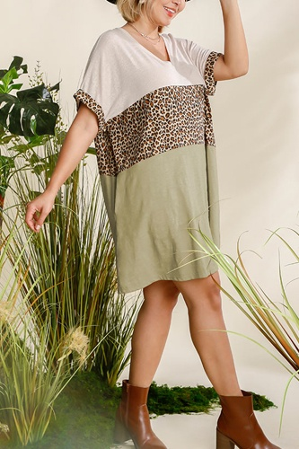 Linen Blend Short Folded Sleeve Animal Print Colorblocked V-neck Dress With Pockets