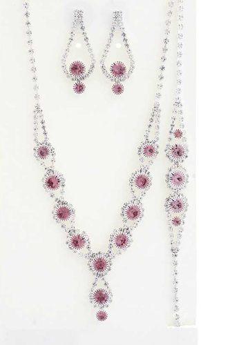 Elegant Rhinestone Bracelet Necklace Set