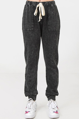 A Mineral Washed Sweatpants