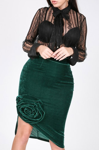 Asymmetrical Flower Velvet Skirt