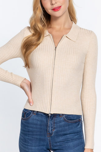 Notched Collar Zippered Sweater