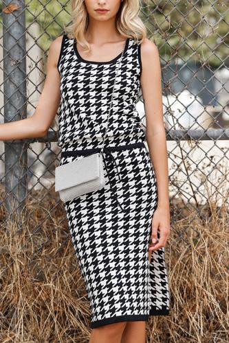 Black & White Houndstooth Print Sleeveless Drop Waist Side Slit Midi Dress