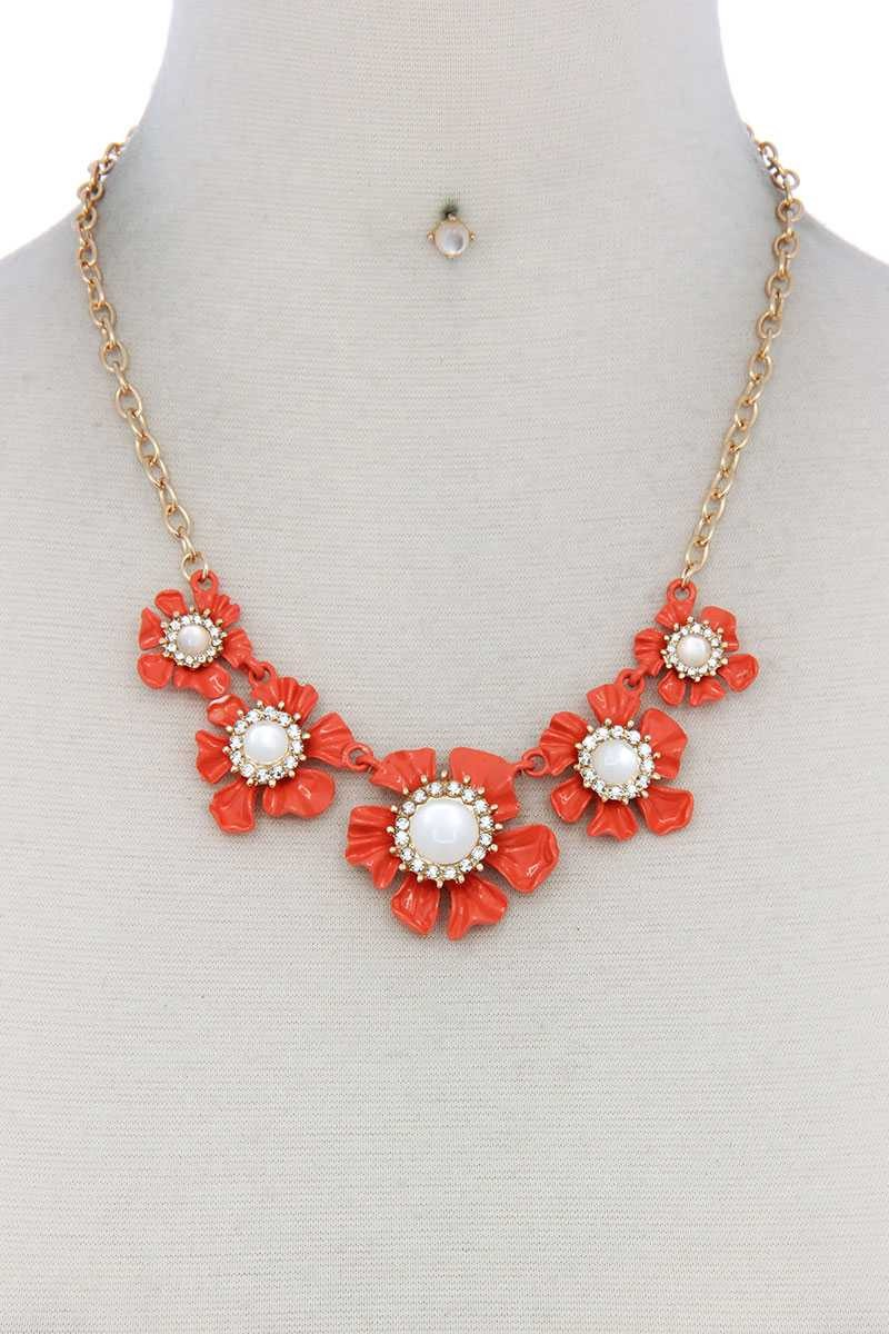 Floral Pearl Bead Necklace